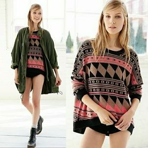 UO BDG Oversized Pullover Sweater   XS
